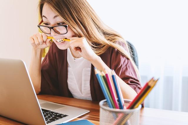 Syndrom wypalenia zawodowego – co to jest burnout?