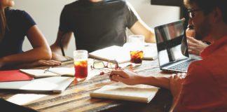 Własna firma - jak założyć przedsiębiorstwo?
